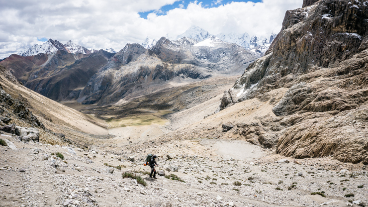 Huayhuash Cuyoc pass descend