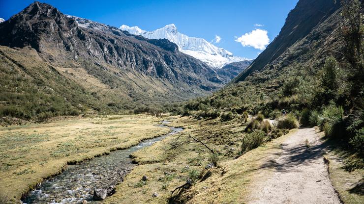Peru Huaraz Laguna 69 trail start